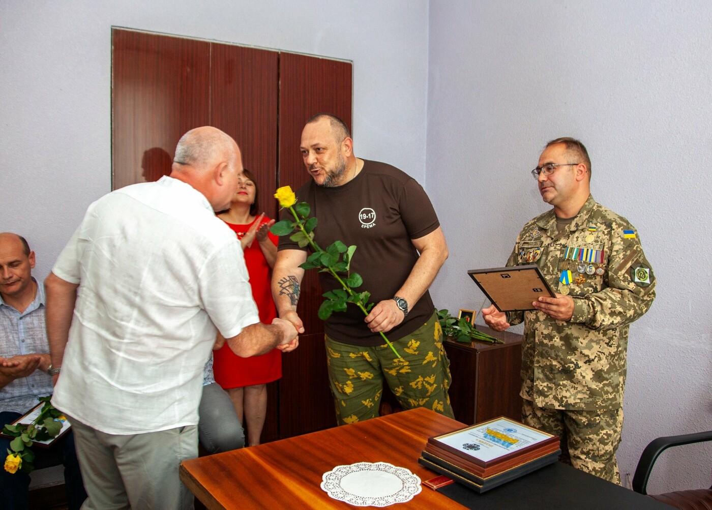 """Бойцы батальона """"Кривбасс"""" встретились с медиками накануне профессионального праздника, - ФОТО, ВИДЕО , фото-10"""