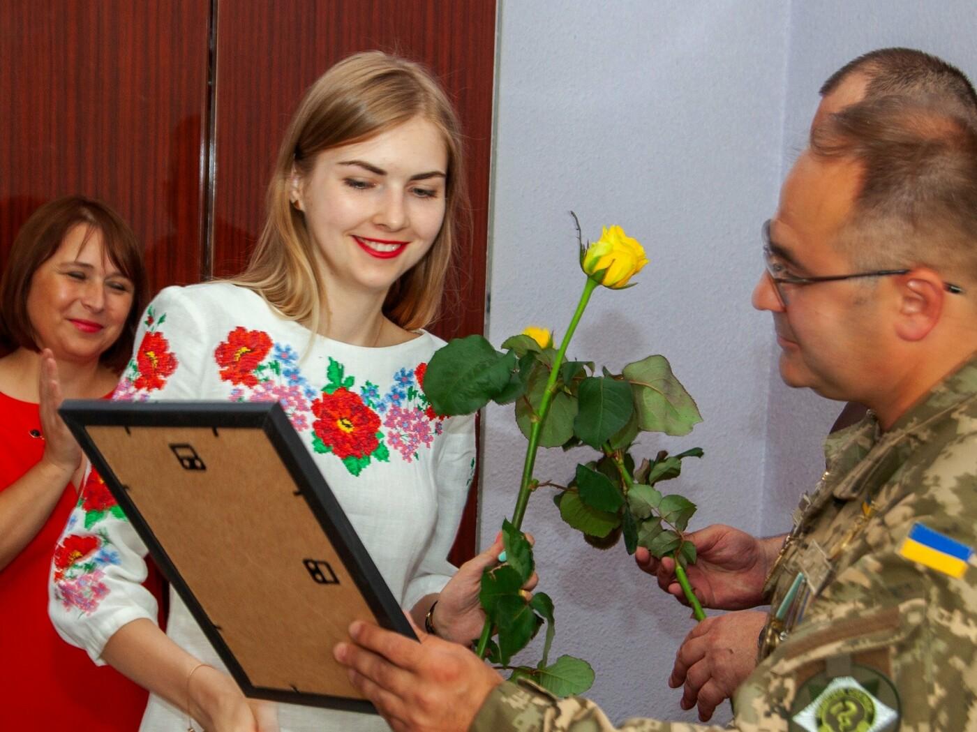 """Бойцы батальона """"Кривбасс"""" встретились с медиками накануне профессионального праздника, - ФОТО, ВИДЕО , фото-1"""