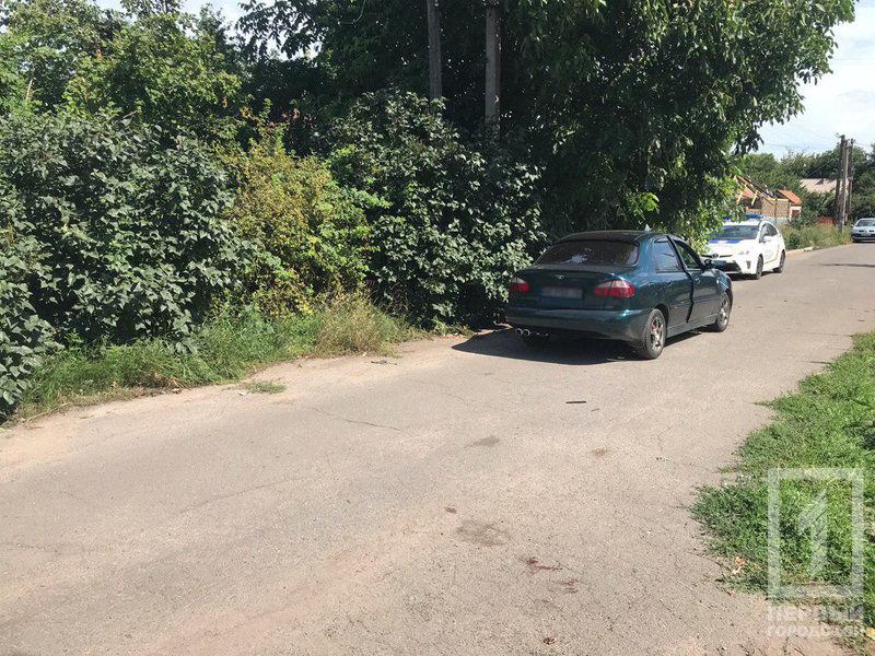 В Кривом Роге велосипедистка столкнулась с автомобилем. Женщину госпитализировали, - ФОТО, фото-3