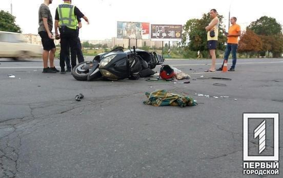 В Кривом Роге столкнулись мотоциклисты: 3 человека пострадали в результате ДТП, - ФОТО , фото-4