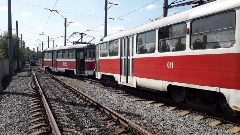 ДТП на скоростном трамвае: в Кривом Роге на линии столкнулись вагоны, - ФОТО, фото-2