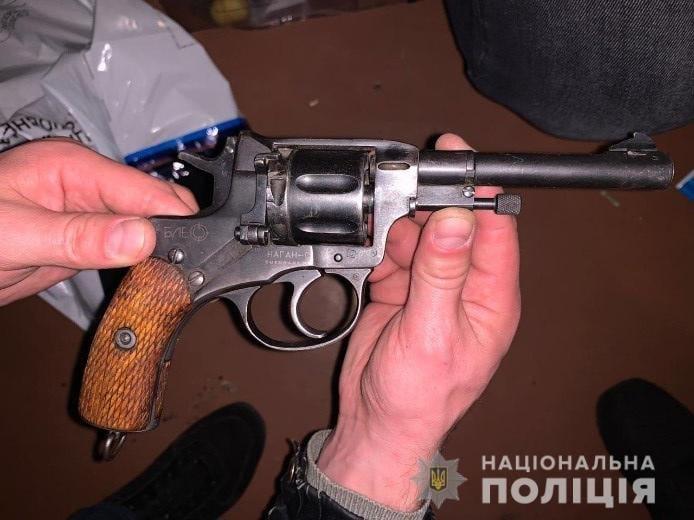 Дома у криворожанина во время обыска нашли арсенал оружия, - ФОТО, фото-3