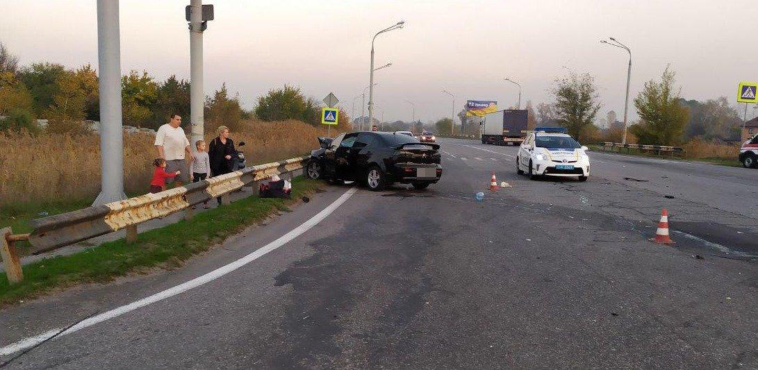Массовое ДТП в  Днепре: полицейский за рулем авто выехал на встречную полосу и погиб, - ФОТО, фото-2