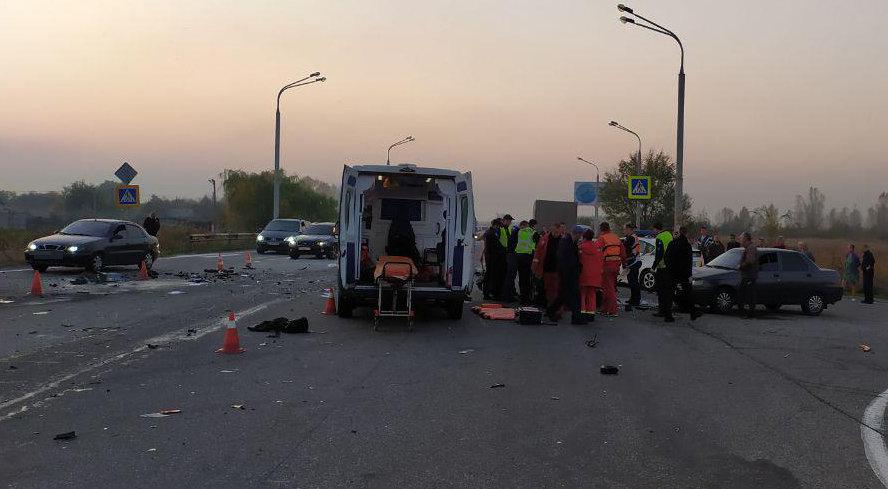 Массовое ДТП в  Днепре: полицейский за рулем авто выехал на встречную полосу и погиб, - ФОТО, фото-3