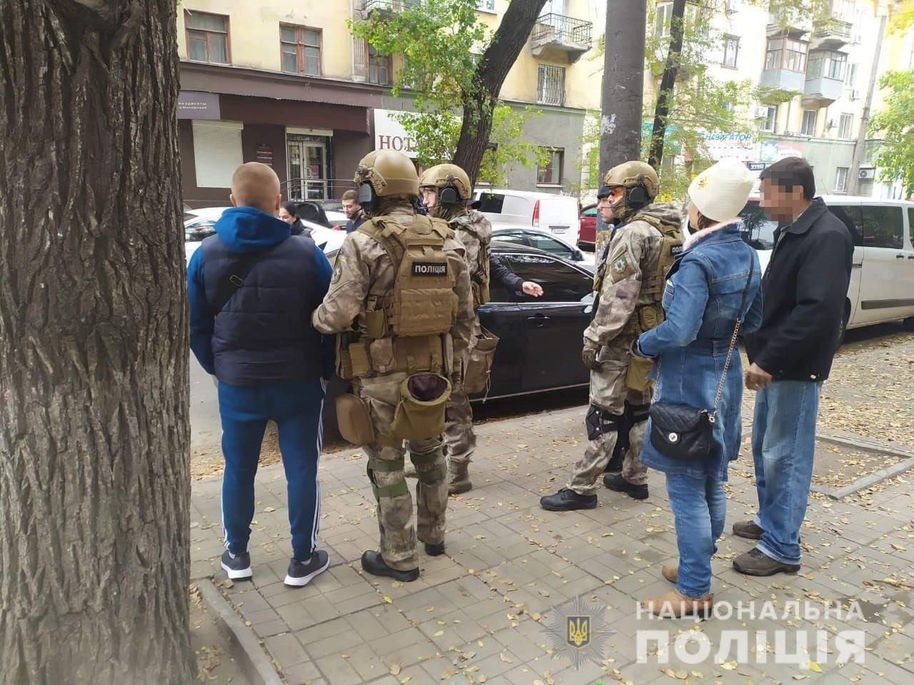 """""""Быстрей ползи! - Ползем"""", - на Днепропетровщине задержали преступную группу, нападавшую на фермеров, - ФОТО, ВИДЕО, фото-1"""