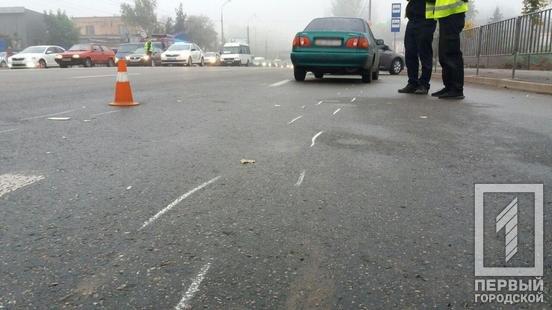 В Кривом Роге иномарка сбила пешехода. Пострадавший в тяжелом состоянии, - ФОТО, фото-2