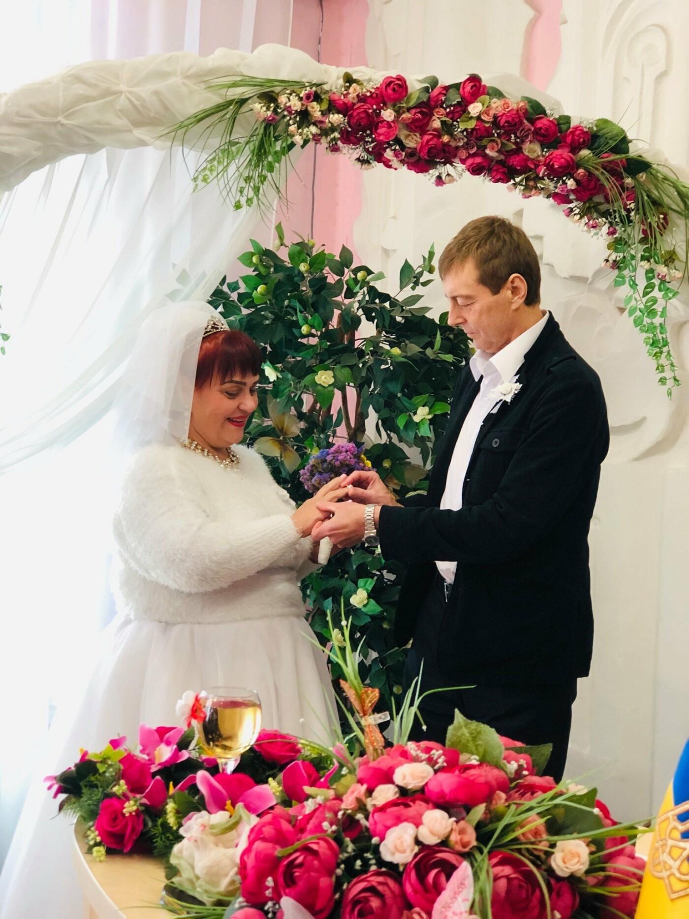 Невероятная love story в Кривом Роге: влюбленные, которых в юности пытались разлучить, сыграли свадьбу 40 лет спустя, - ФОТО, фото-6