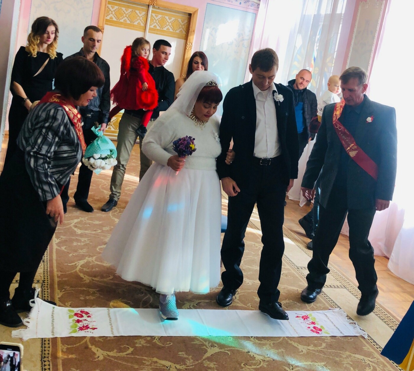 Невероятная love story в Кривом Роге: влюбленные, которых в юности пытались разлучить, сыграли свадьбу 40 лет спустя, - ФОТО, фото-4