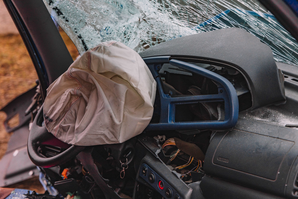 На Криворожской трассе тройное ДТП: спасатели вырезали из машин пострадавших, - ФОТО , фото-11