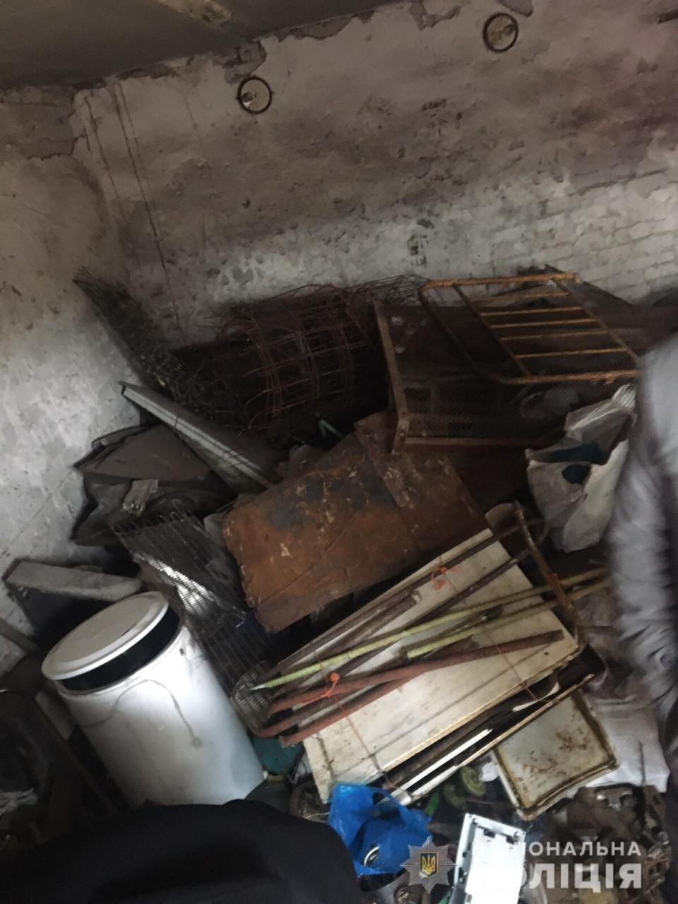 Из гаража криворожанина полиция вывезла 1,6 тонны металлолома,  -ФОТО, фото-3