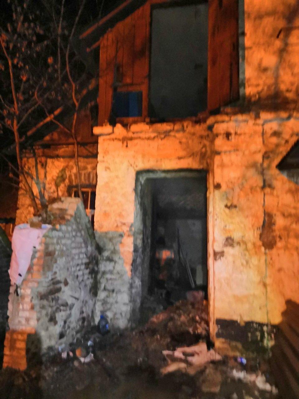Ночью в Центрально-Городском районе Кривого Рога сгорел дом, - ФОТО, фото-1