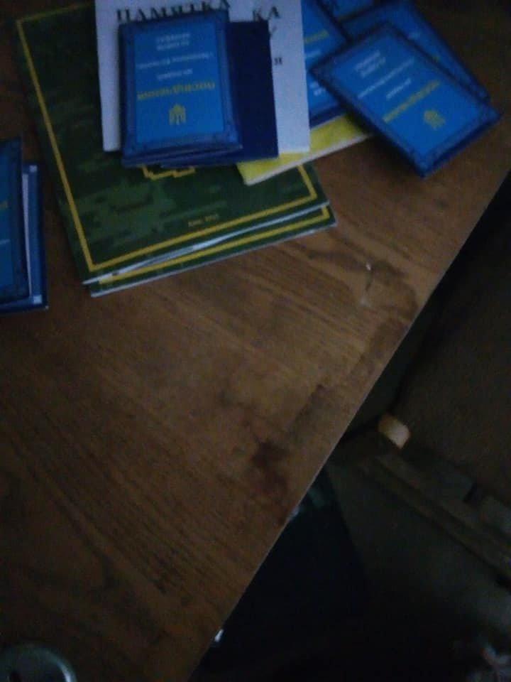 В Кривом Роге повторно обокрали помещение волонтеров, - ФОТО, фото-7