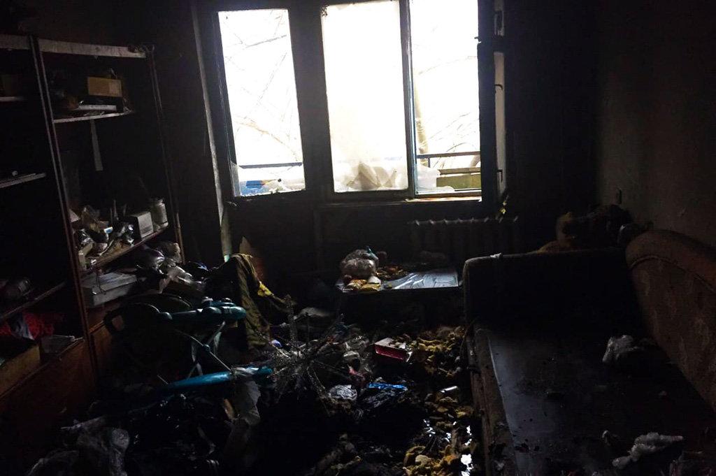 В Кривом Роге пострадавшая на пожаре женщина попала в реанимацию, - ФОТО, фото-1