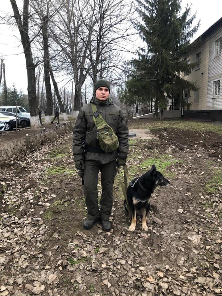 Более 70 военнослужащих и полицейских вышли в Кривом Роге на патрулирование, - ФОТО , фото-2