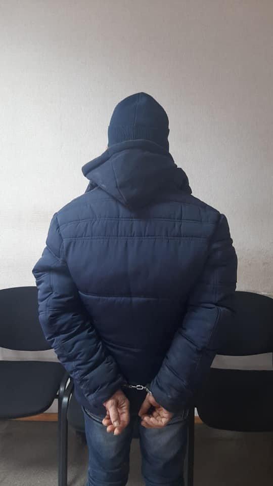 Познакомились в соцсети: полиция Кривого Рога задержала насильника 20-летней девушки, - ФОТО, фото-1