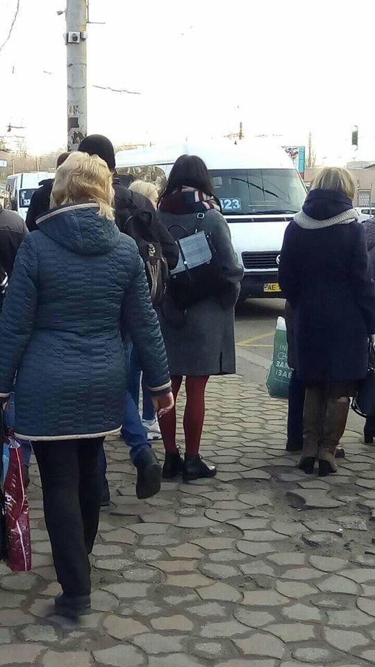"""Бунт маршрутчиков"": сотни криворожан с трудом добирались на работу, - ФОТО , фото-2"