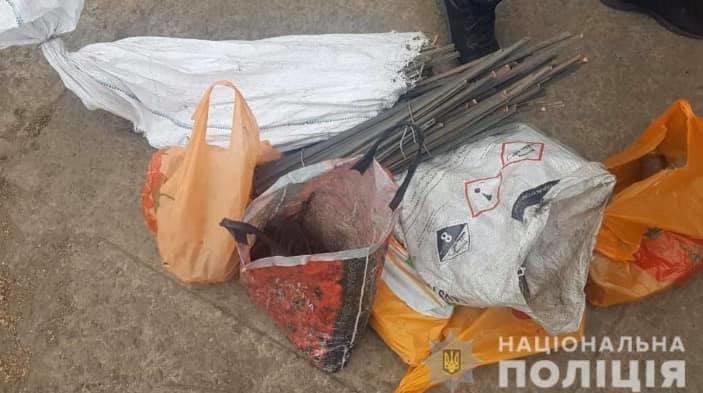 Во дворе у криворожанина полицейские нашли весы и 150 кг медного лома, - ФОТО, фото-1