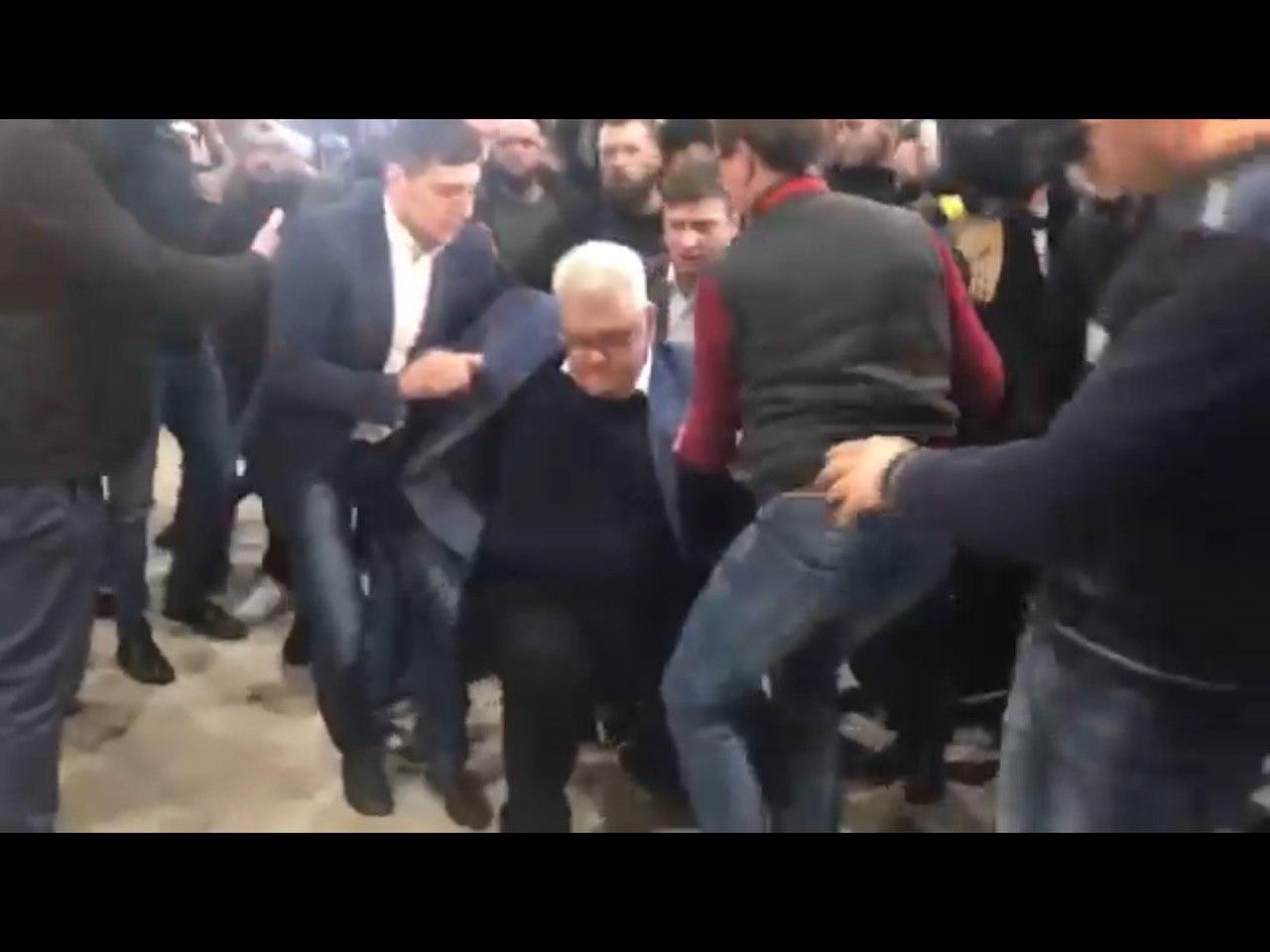 """Активисты сорвали """"Сивохо-платформу"""", """"Нацкорпус"""" заявил о госизмене, а известный журналист - о вызове для Зеленского - ФОТО, ВИДЕО, фото-3"""