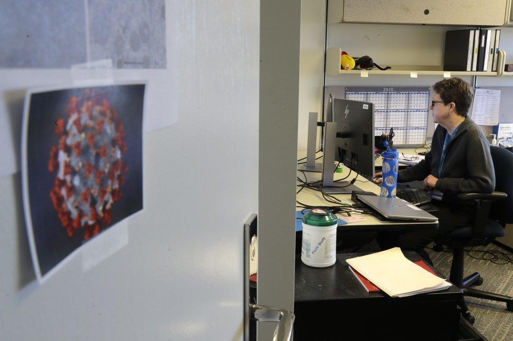 В США первым добровольцам сделали прививки от коронавируса, - ФОТО , фото-7