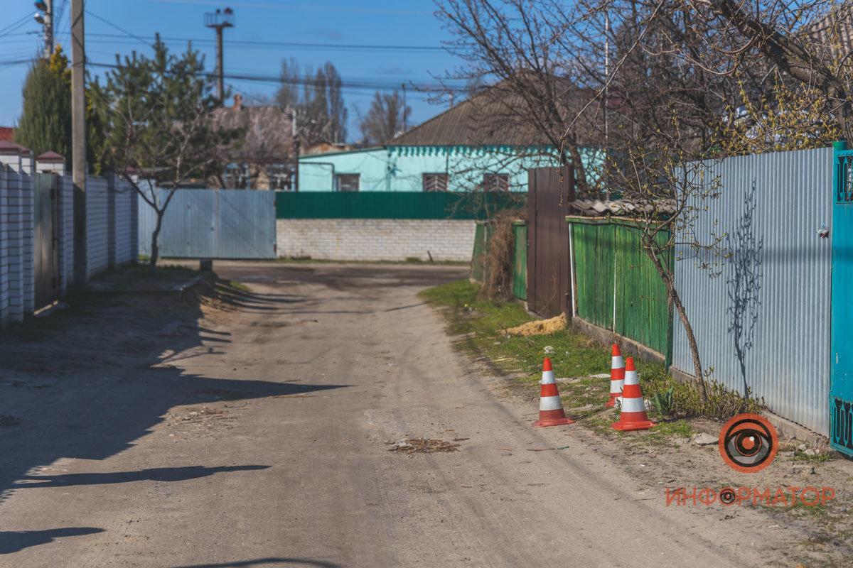 Активист обнаружил на заборе своего дома предмет, похожий на самодельную взрывчатку, - ФОТО , фото-3