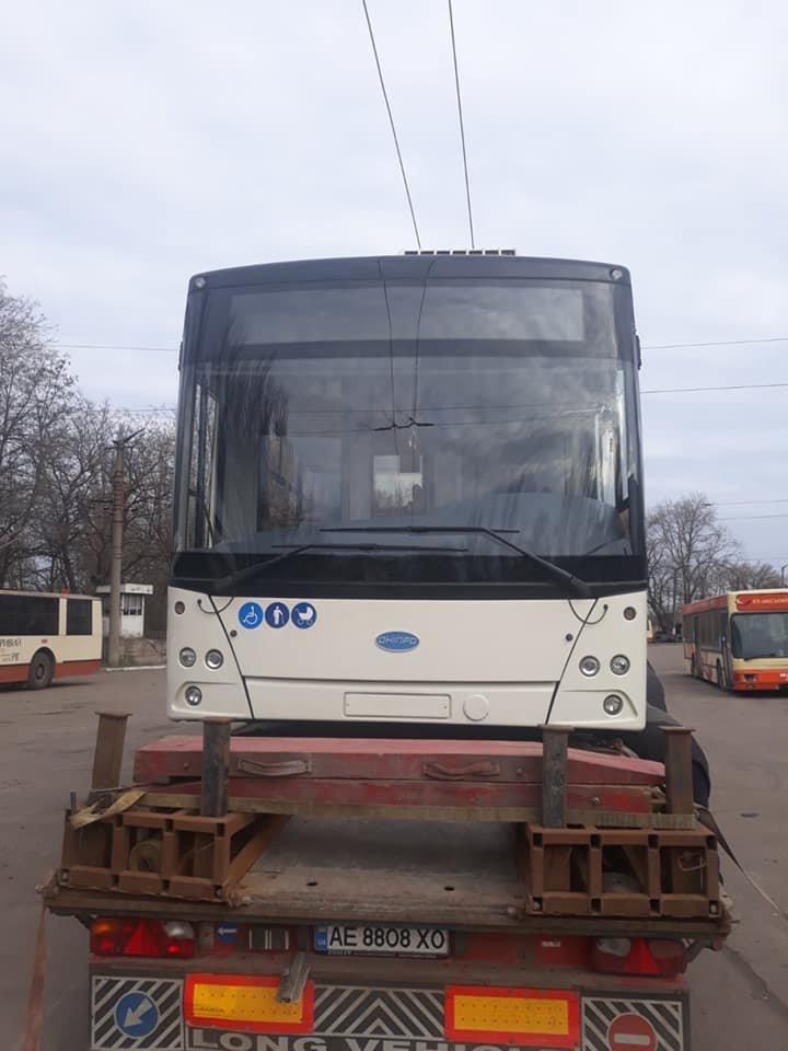 В Кривой Рог прибыл 16-й новый троллейбус. На какой маршрут поставят? - ФОТО, фото-2