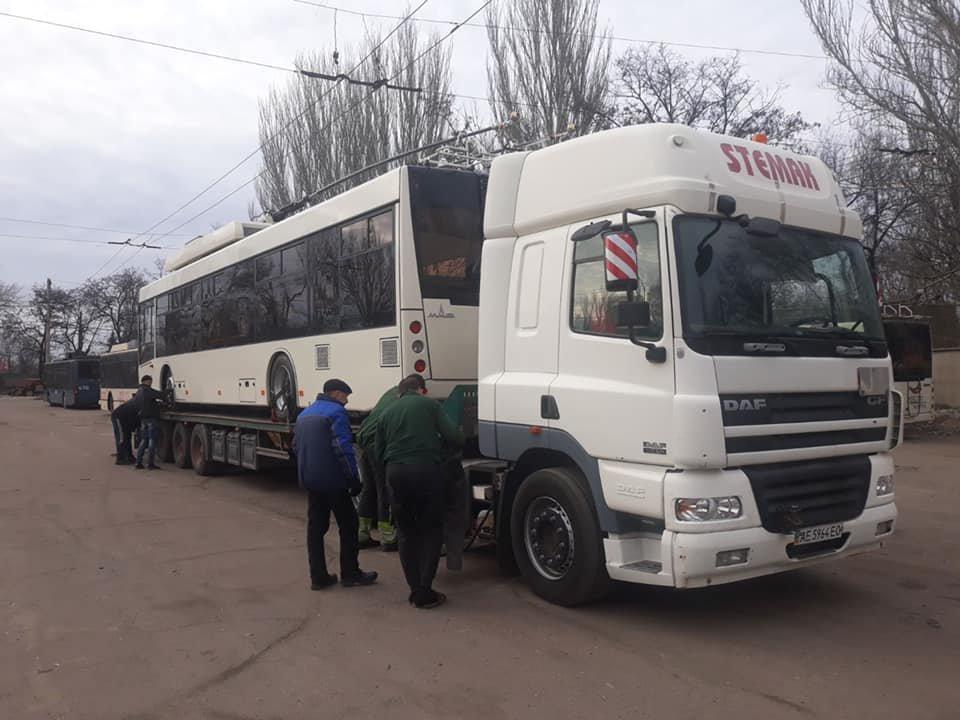 В Кривой Рог прибыл 16-й новый троллейбус. На какой маршрут поставят? - ФОТО, фото-1