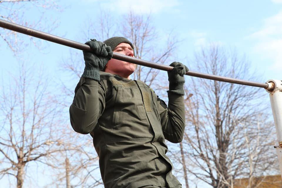 В Кривом Роге продолжается профессиональная подготовка стрелков-зенитчиков, - ФОТО, фото-6