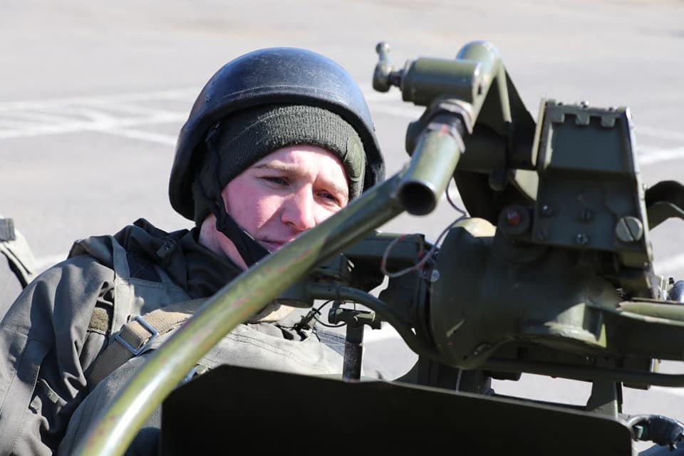 В Кривом Роге продолжается профессиональная подготовка стрелков-зенитчиков, - ФОТО, фото-4