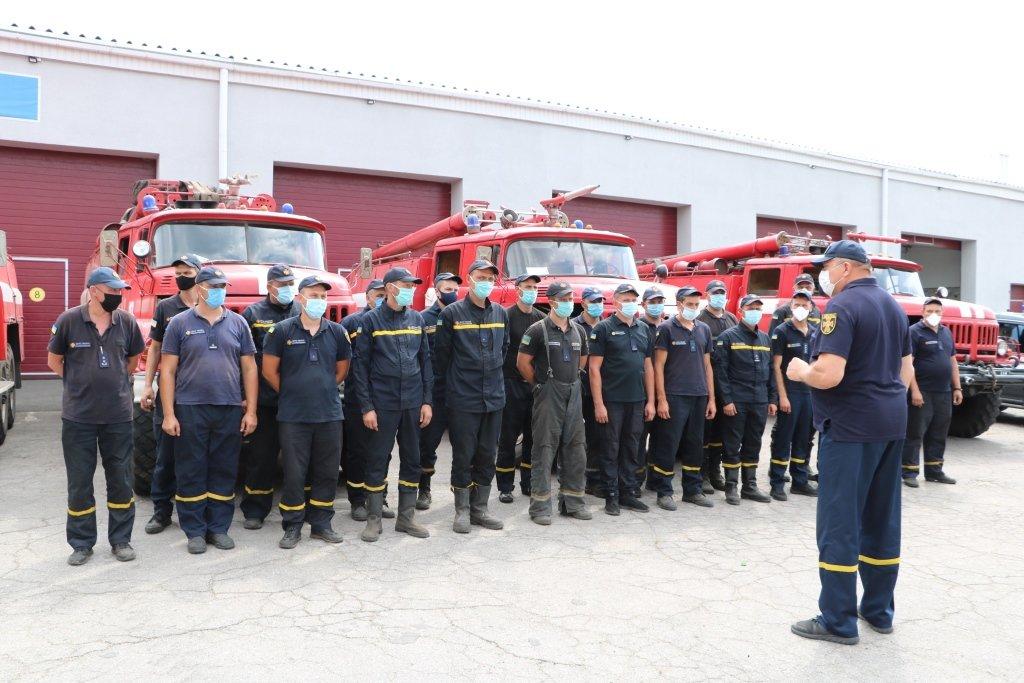 Криворожские спасатели, принимавшие участие в тушении пожара на Луганщине, вернулись домой, фото-2
