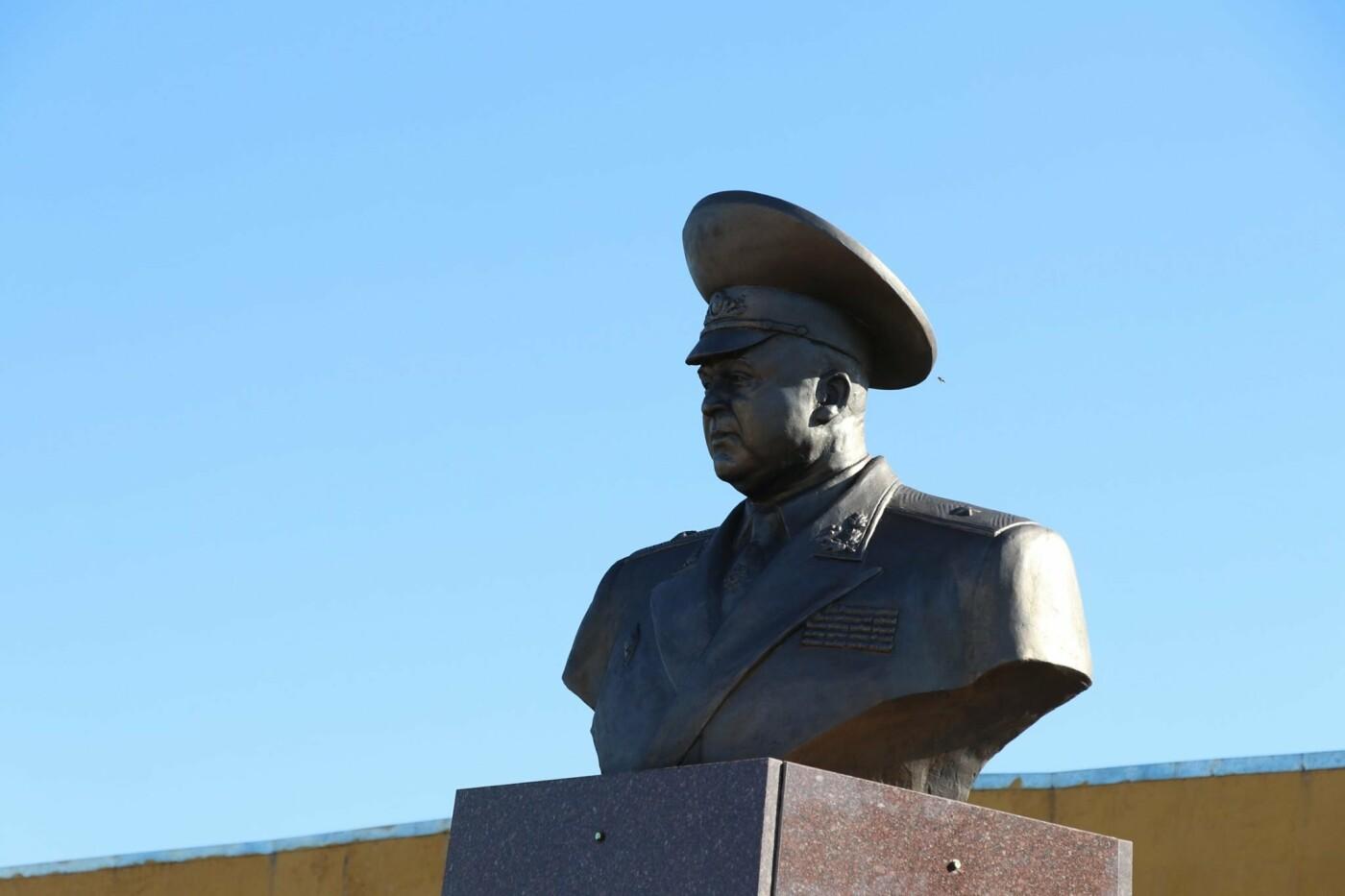 В Кривом Роге нацгвардейцы почтили память погибших побратимов, - ФОТО, фото-13