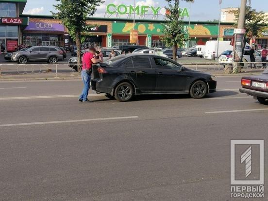 ДТП в Кривом Роге: автомобиль Mitsubishi сбил ребенка, - ФОТО , фото-2
