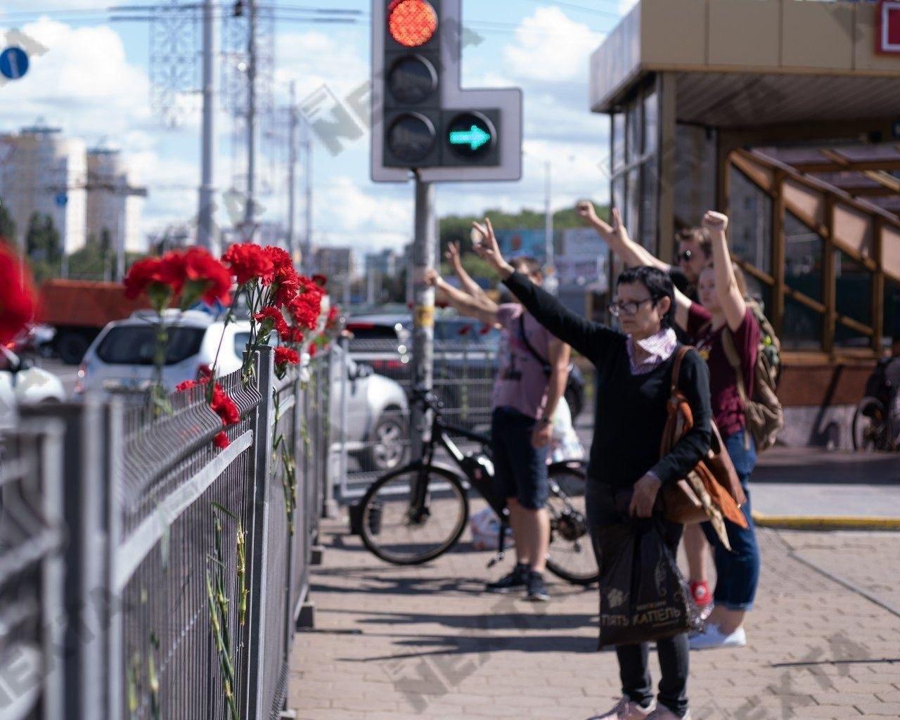 Водометы, газ, пули и первые смерти от рук ОМОНа: хронология протестов в Беларуси, - ФОТО, фото-11