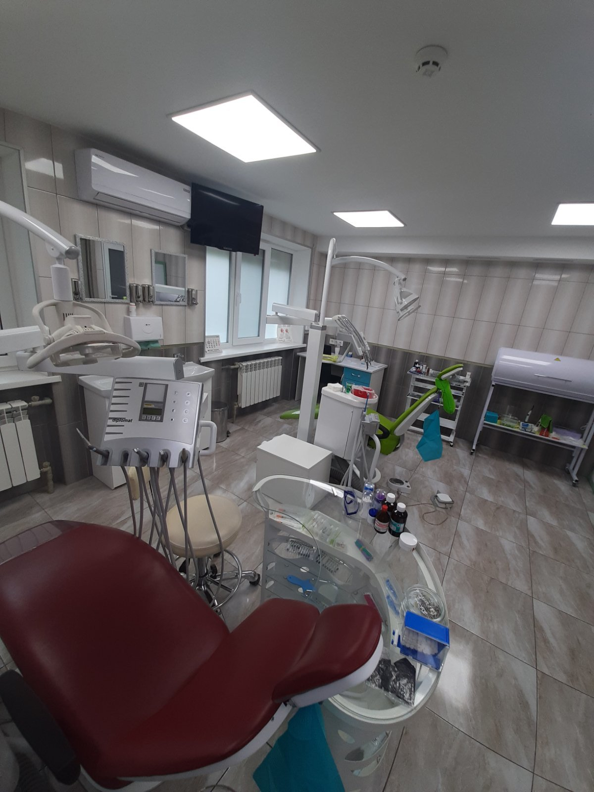 Лечение без боли: ТОП стоматологических клиник Кривого Рога, фото-7