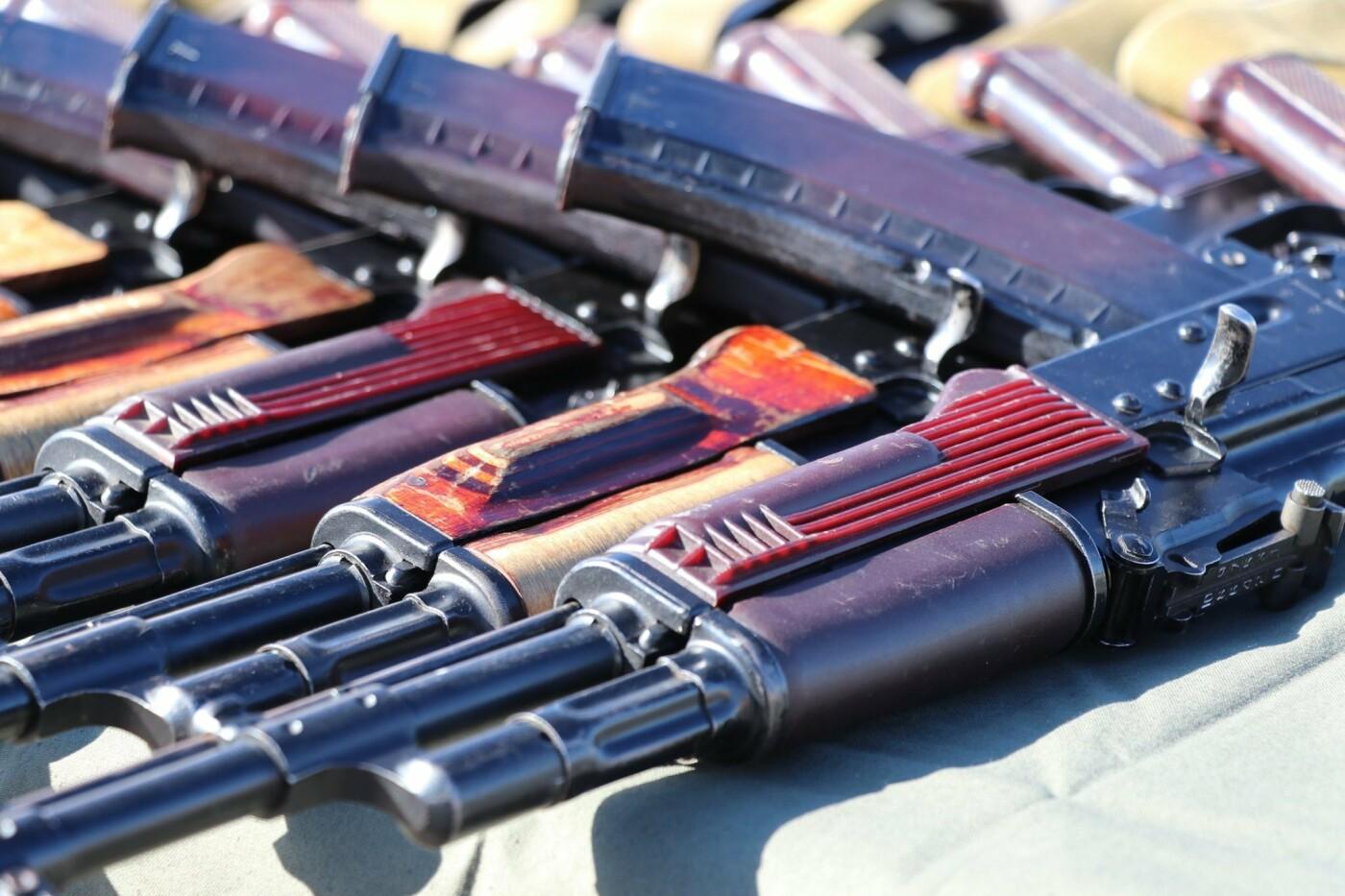 В Криворожской бригаде Нацгвардии новобранцы получили боевое оружие, - ФОТО, фото-10