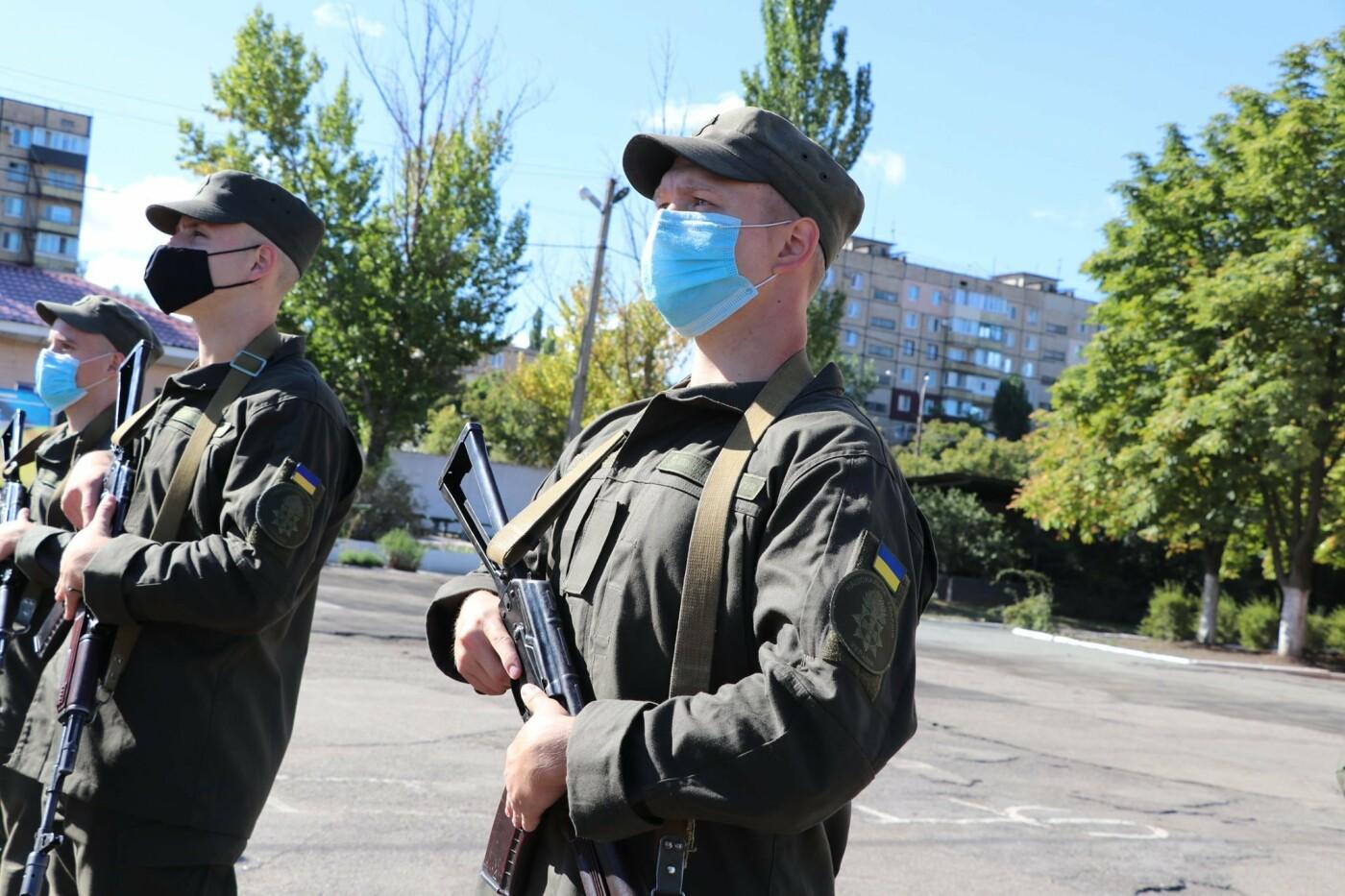 В Криворожской бригаде Нацгвардии новобранцы получили боевое оружие, - ФОТО, фото-2