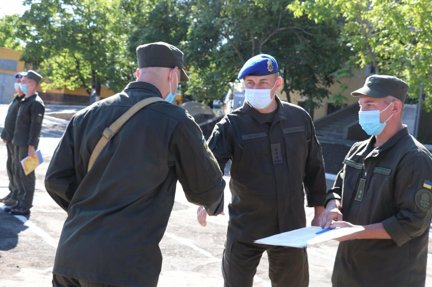 В Кривом Роге 40 гвардейцев поклялись в верности народу Украины, - ФОТО, фото-8