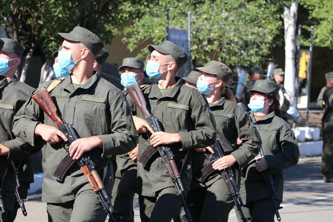 В Кривом Роге 40 гвардейцев поклялись в верности народу Украины, - ФОТО, фото-27