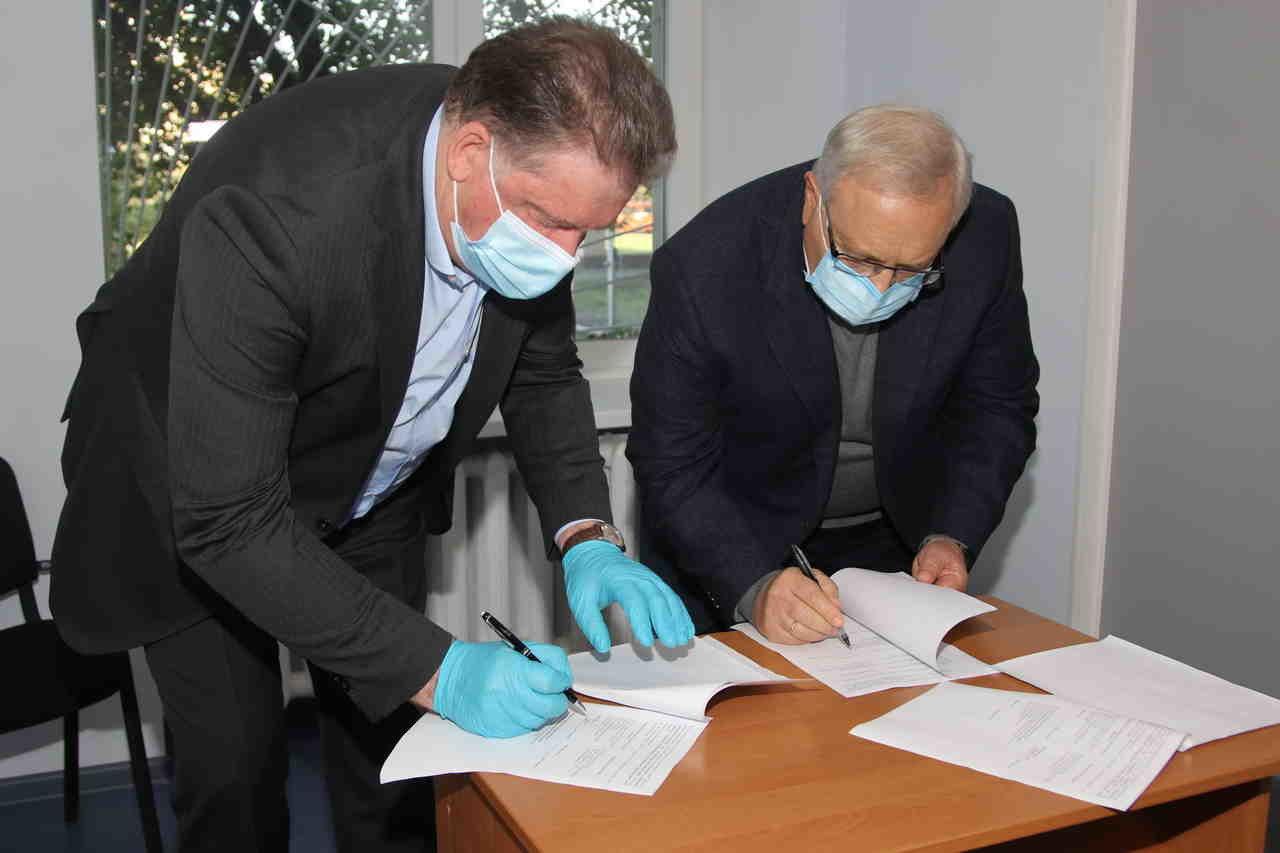 Ю. Вілкул: Продовжуємо модернізацію лікарень, які рік тому передала нам область - у міській лікарні №2 відкрито відділення амбулаторного ге..., фото-7