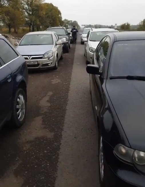 "Под Кривым Рогом ""евробляхеры"" протестуют на проезжей части, - ФОТО, фото-2"