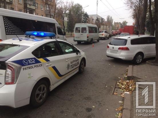 ДТП в Кривом Роге: водитель маршрутки потерял сознание за рулем, - ФОТО , фото-3