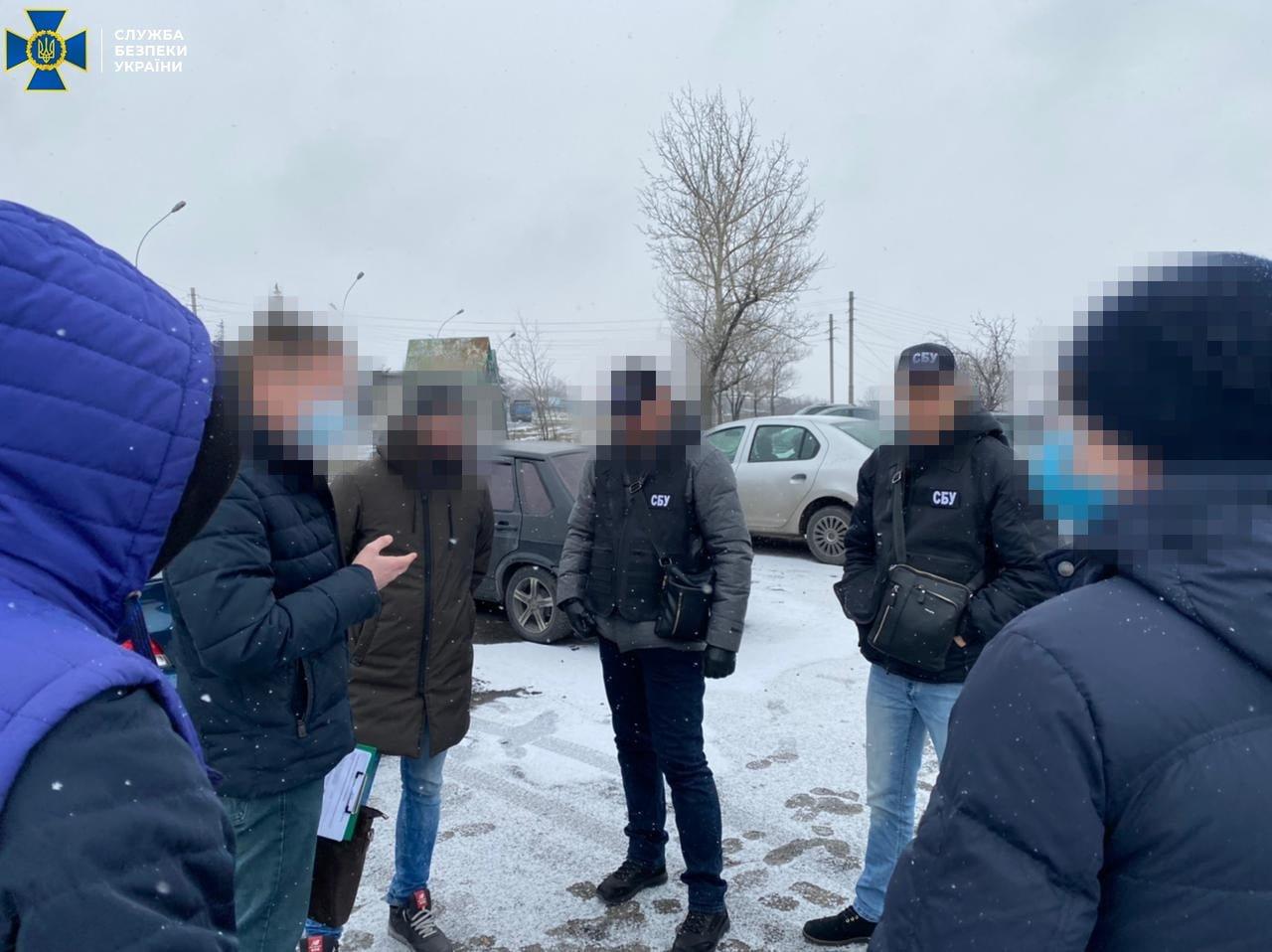 На Днепропетровщине чиновница городского суда попалась на взятке за необходимое клиенту решение суда, - ФОТО, фото-2