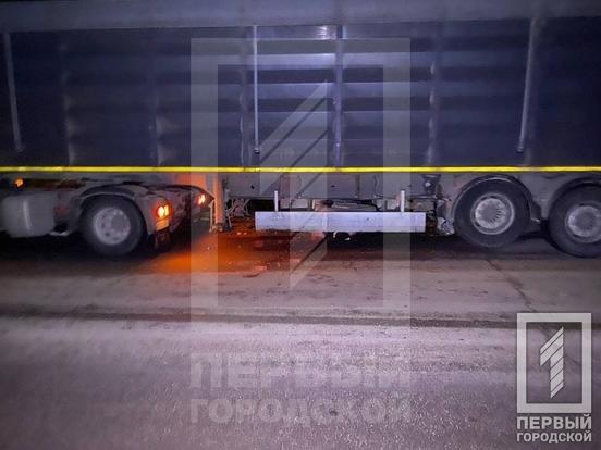 Смертельное ДТП в Кривом Роге: фура сбила двоих пешеходов, - ФОТО , фото-6