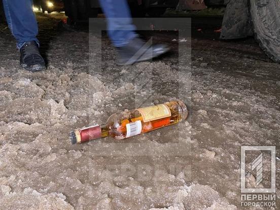 Смертельное ДТП в Кривом Роге: фура сбила двоих пешеходов, - ФОТО , фото-1