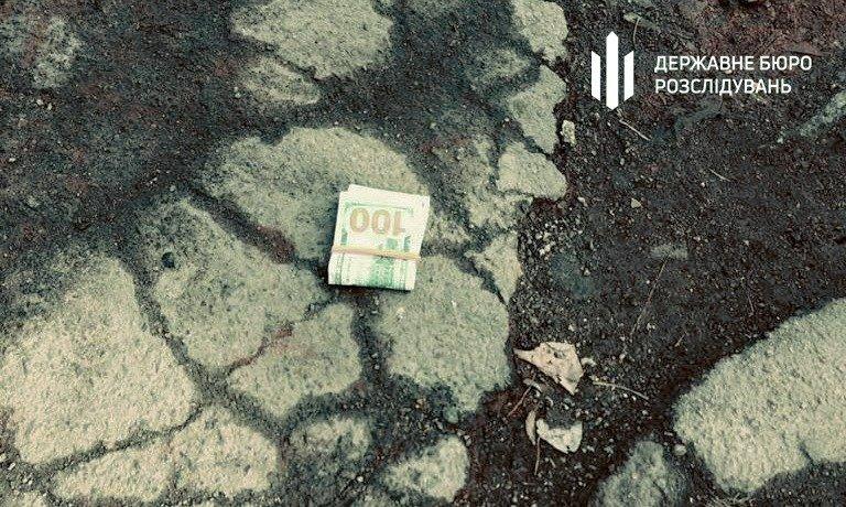 В Кривом Роге полицейского задержали на взятке $ 5000, - ФОТО, фото-2