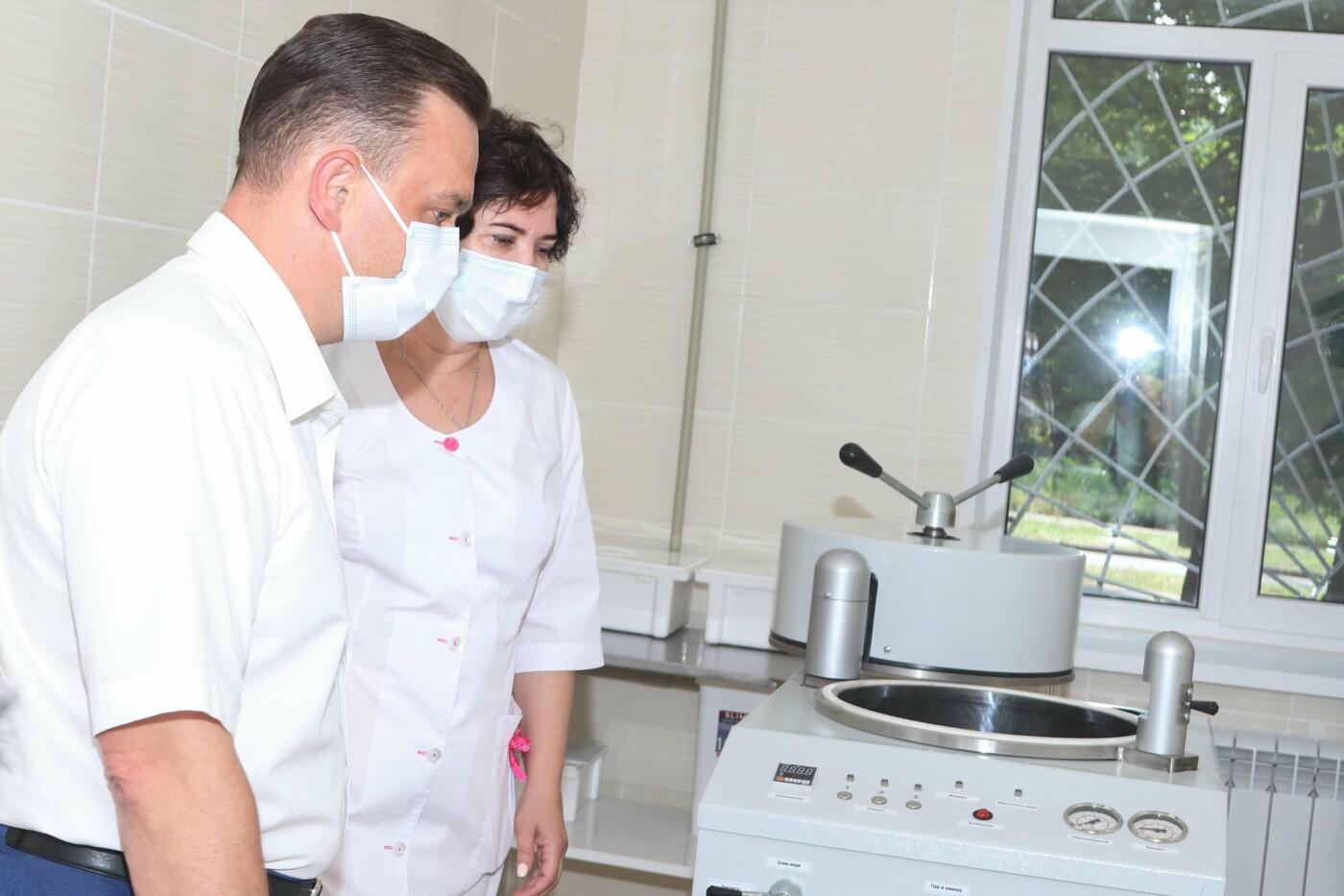 Мер К. Павлов: Продовжуємо зміцнювати діагностичну базу медзакладів міста - лабораторія в інфекційній лікарні  створена для більш ефектив..., фото-3
