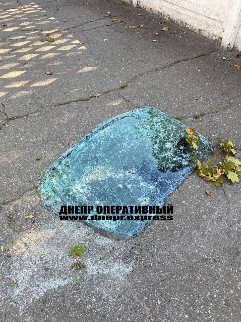 В Днепре от взрыва автомобиль разорвало на части, погибли 2 человека, - ФОТО, фото-5